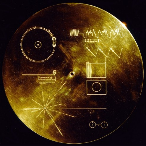 Photograph of the Voyager Golden Record cover.