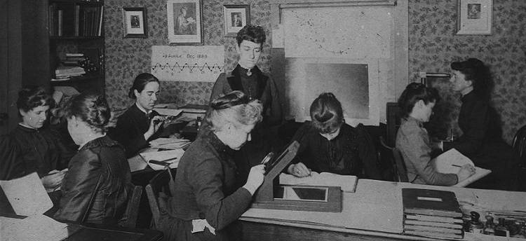 Photograph of women working at Harvard College Observatory in the 1890s.